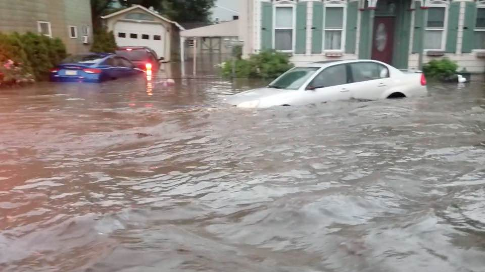 Floodwaters Threaten to Submerge Cars in Tremont, Pennsylvania | WeatherBug